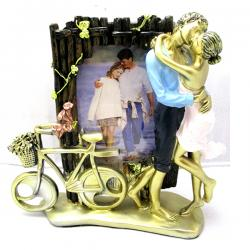 Archies Love Photo Frame With Couple Statue - (ARCH-419)