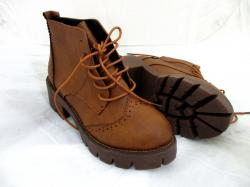 Fashionable Ladies Winter Ankle Short, Lace-up Women's Brown boots