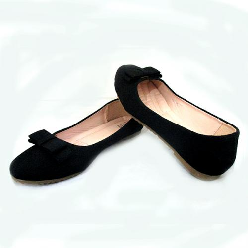 Ladies Black Belly Shoes With Ribbon