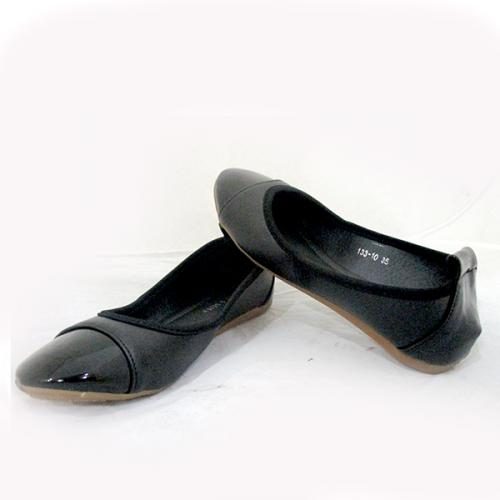 Ladies Black shiny Belly Shoes