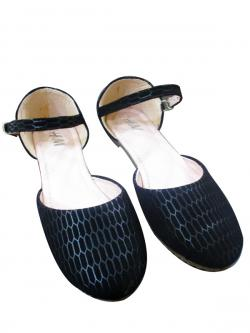 Ladies Black Flat Sandal Shoes
