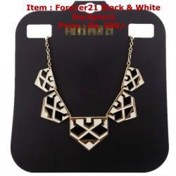 Black & White Neckpiece
