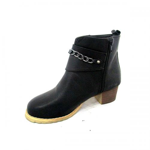 Black Leather Boot With Double Belts