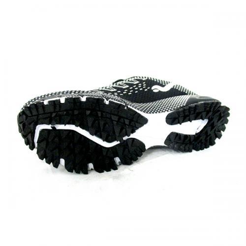 Men's Black & White Sports Shoes