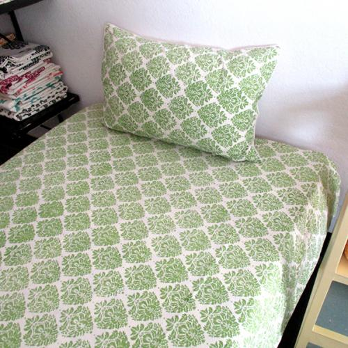 Bedsheet With Pillow Cover - (CM-008)