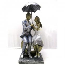 Romantic Couple Under Umbrella Figurine - (ARCH-424)