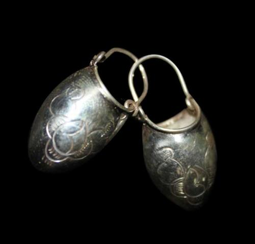 Silver Basket Design Earring