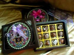 Homemade Chocolate Gift Box - Big Box - 12 Pcs
