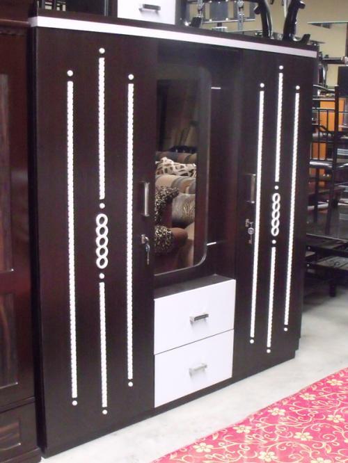 Wooden Three Piece Cupboard With Mirror - (RD-002)