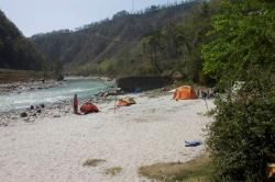 Rafting in Sukute Beach Camp