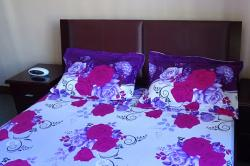 Floral Bedsheet With Pillow Covers - (UT-051)