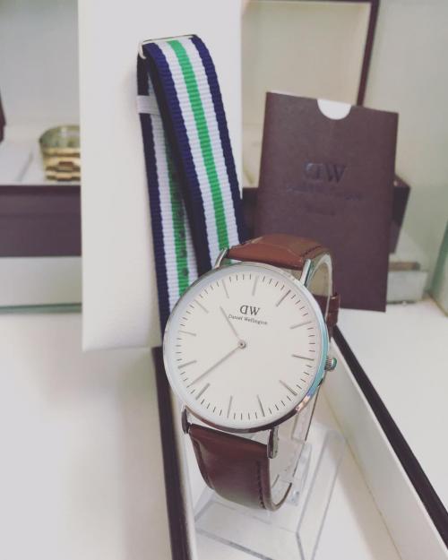 Daniel Wellington Brown Leather