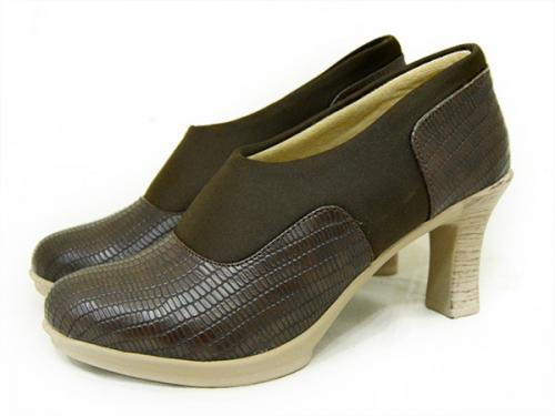 Merrell Ladies Close Shoes - (121)