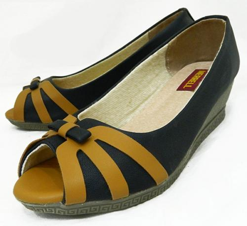 Black Fashionable Front Open Shoes For Ladies - (1805)