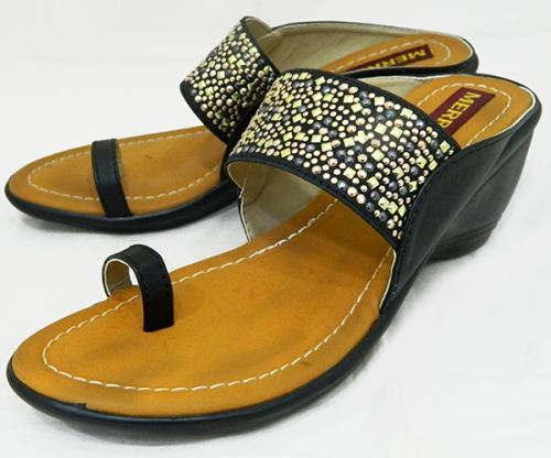 Fashionable Flat Sandal For Ladies - (1471)