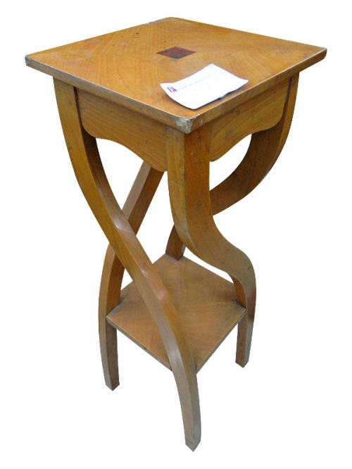 Wooden Mag Table - (FL2106)