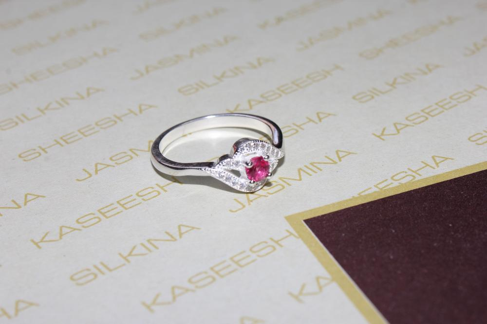Silver Platinum ring with Zircon, Pink Crystal, leaf design For your Valentine