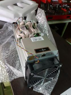AntMiner S9 13.5T Bitcoin Miner ASIC BTC Bitmain Mining Machine With Power Supply