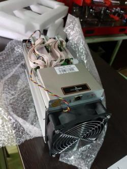 AntMiner S9 13.5T Bitcoin Miner ASIC BTC Bitmain Mining Machine With Power Supply