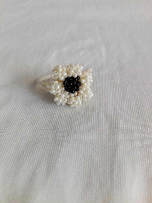 BLACK AND WHITE PEARL RING FOR GIRLS AND WOMEN