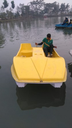 FRP Paddle Boat 4 seater