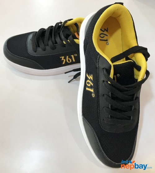 Sports Shoes (361)
