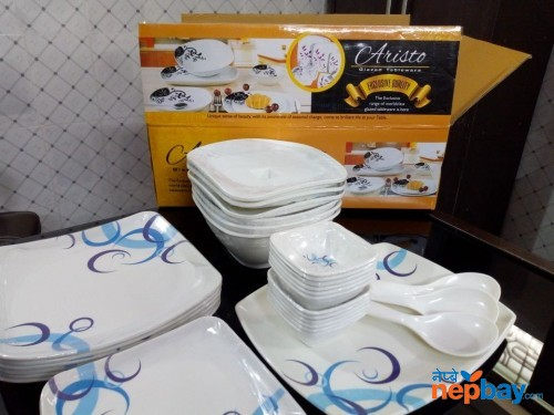 34 PC's Melamine Dinner set