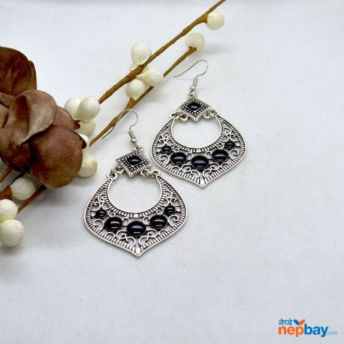 Silver Casual Chandbali Designed Earrings