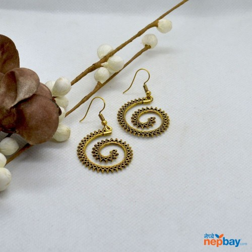 Golden Spiral Round Cut Patterned Earrings