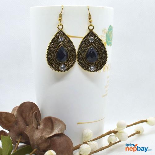 Golden/Black Drop Designed Stone Studded Earrings