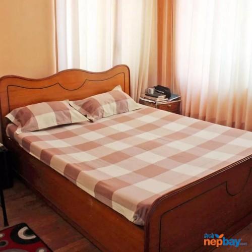 King sized checkered Nepali cotton bedsheet