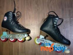 Roller Skates : Skating Shoes